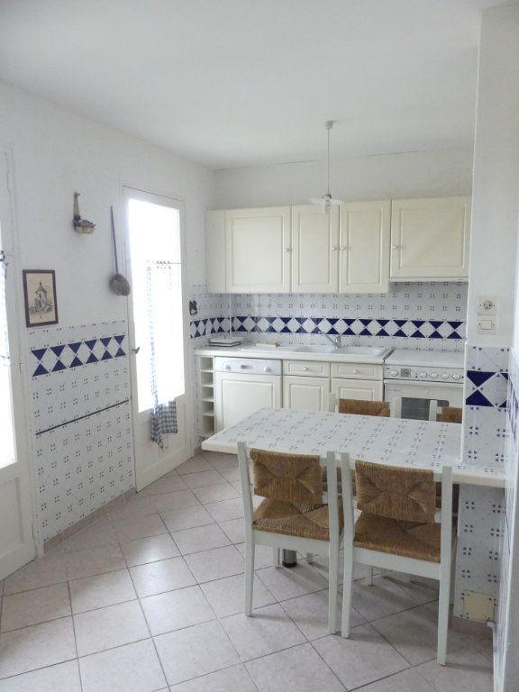 Appartement à vendre 2 27m2 à Valras-Plage vignette-1