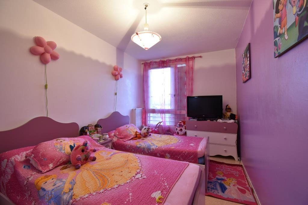 Appartement à vendre 5 90.73m2 à Valence vignette-3