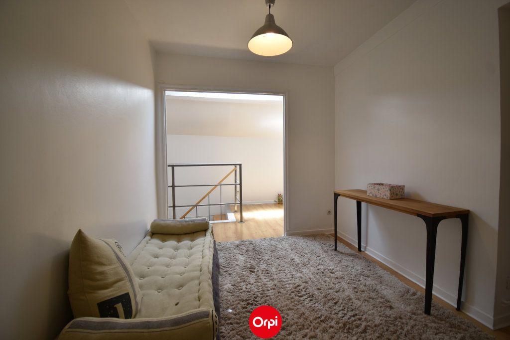 Appartement à vendre 6 140m2 à Valence vignette-8