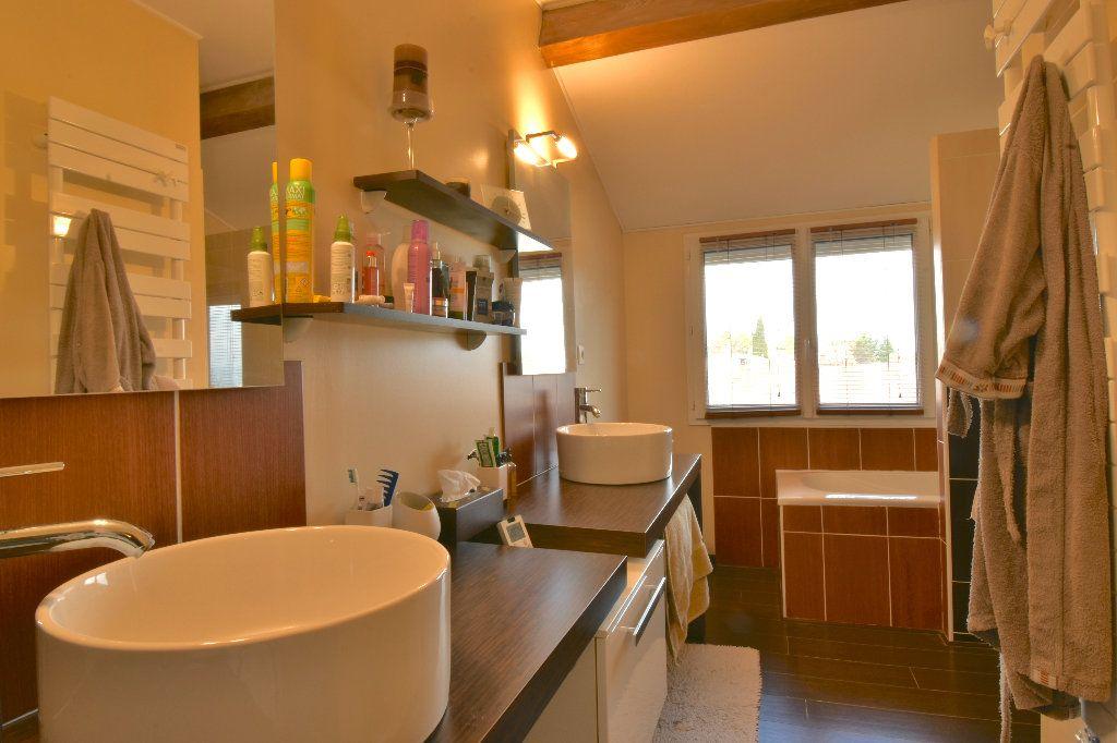 Maison à vendre 5 147.42m2 à Valence vignette-8