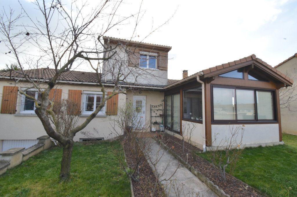 Maison à vendre 5 147.42m2 à Valence vignette-9