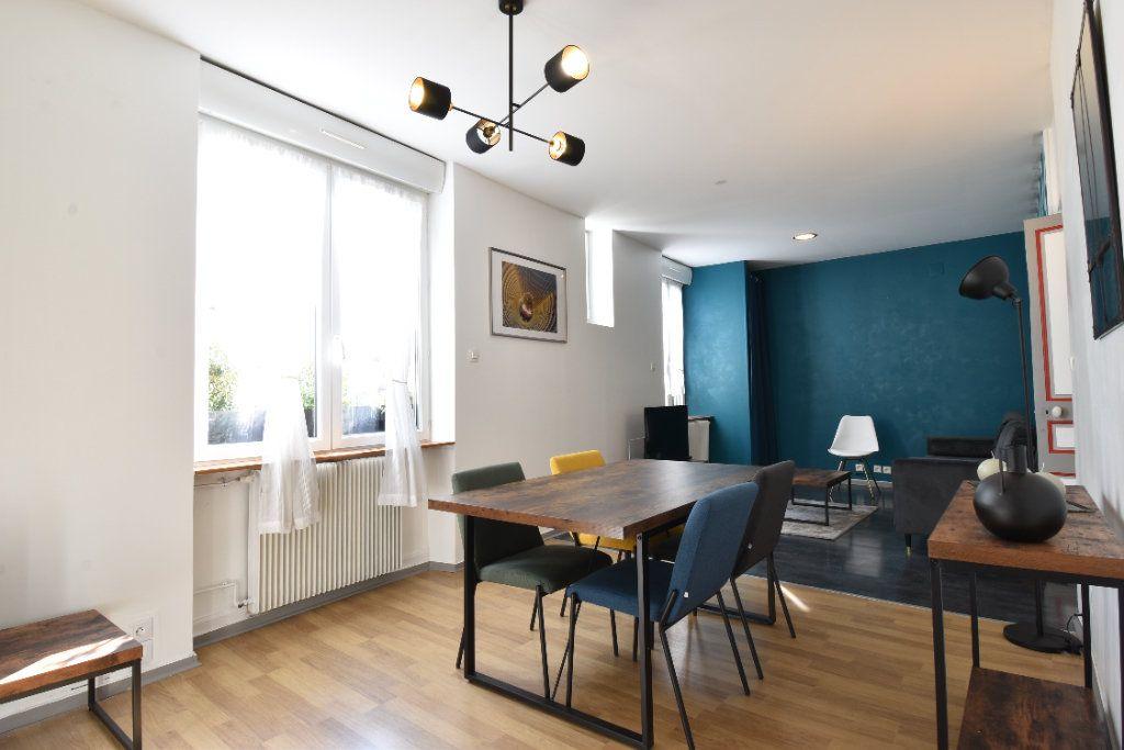Appartement à louer 4 90m2 à Valence vignette-2