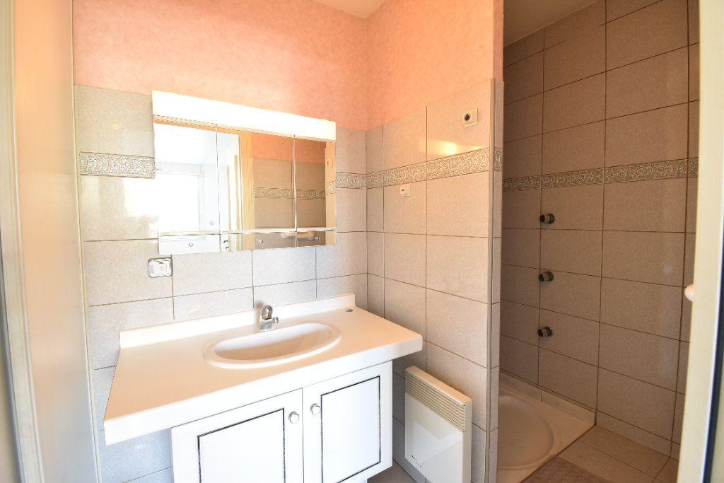 Appartement à louer 6 180m2 à Valence vignette-13
