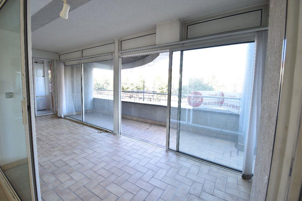 Appartement à louer 6 180m2 à Valence vignette-14