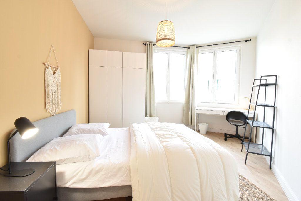 Appartement à louer 5 89.87m2 à Valence vignette-7