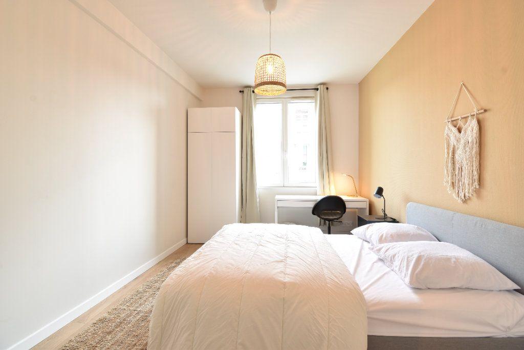 Appartement à louer 5 89.87m2 à Valence vignette-8