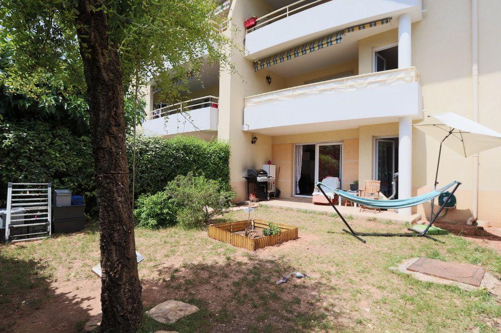 Appartement à vendre 2 34.27m2 à Solliès-Pont vignette-1