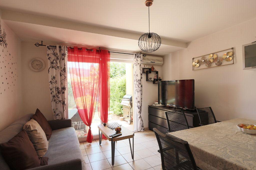 Appartement à vendre 2 34.27m2 à Solliès-Pont vignette-3