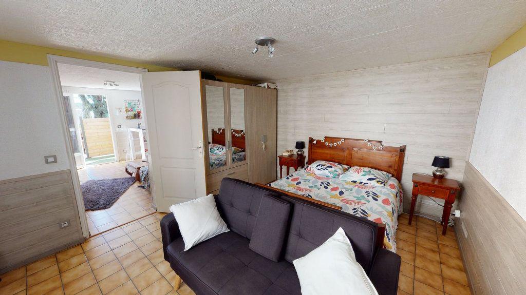 Appartement à vendre 2 36.6m2 à La Seyne-sur-Mer vignette-3