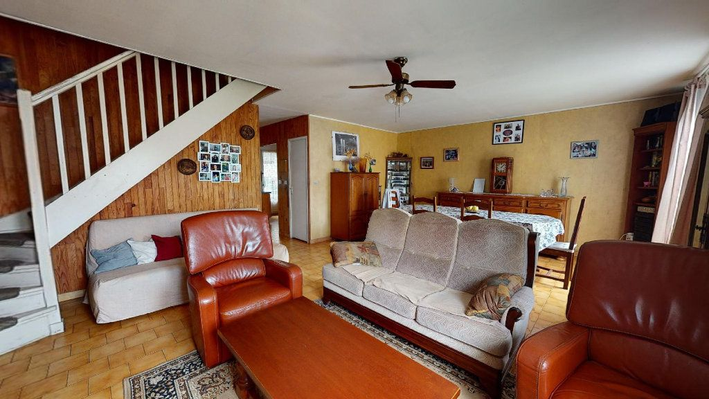 Maison à vendre 6 117m2 à La Farlède vignette-4