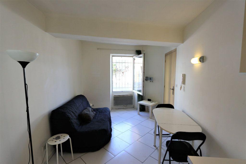 Appartement à louer 1 16.69m2 à La Farlède vignette-2