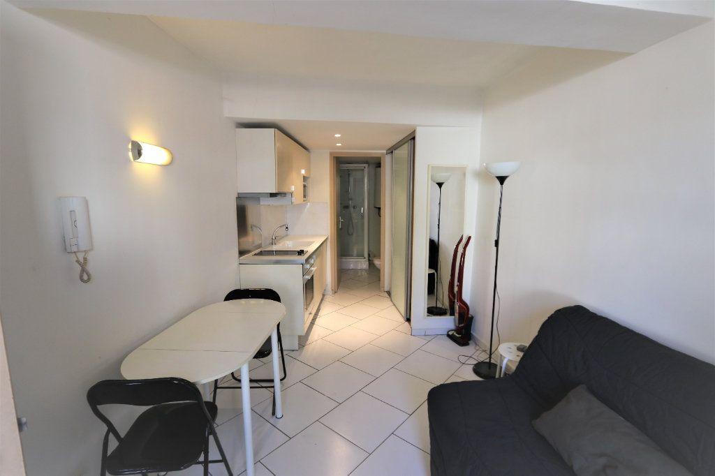Appartement à louer 1 16.69m2 à La Farlède vignette-5