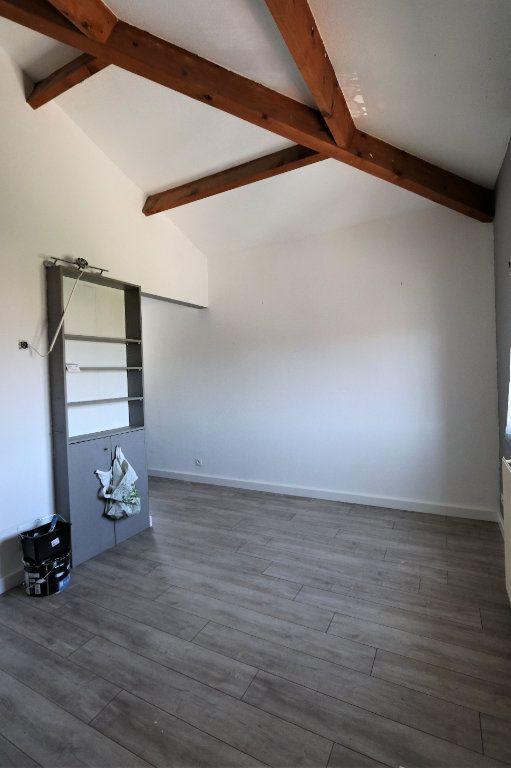 Appartement à louer 1 29.2m2 à Solliès-Pont vignette-4