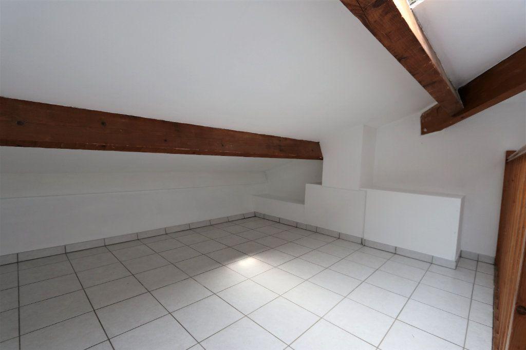 Appartement à louer 1 29.2m2 à Solliès-Pont vignette-5