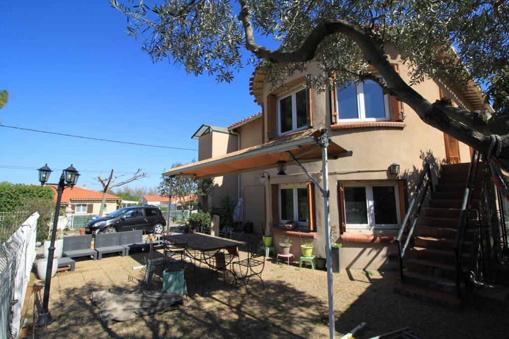 Maison à vendre 8 208m2 à Rivesaltes vignette-2