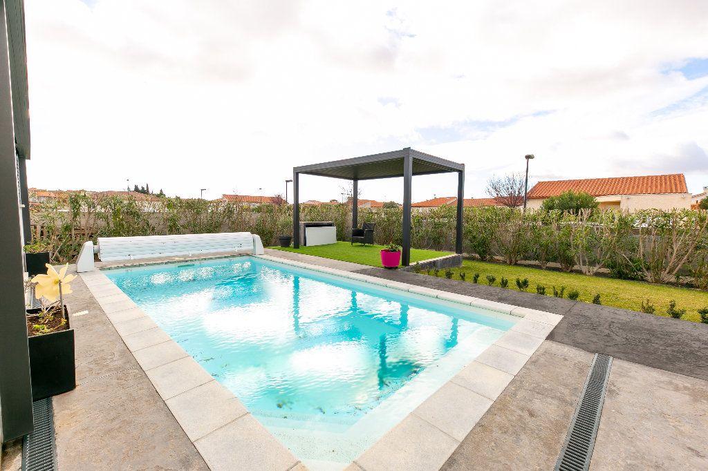 Maison à vendre 5 140m2 à Saint-Hippolyte vignette-3