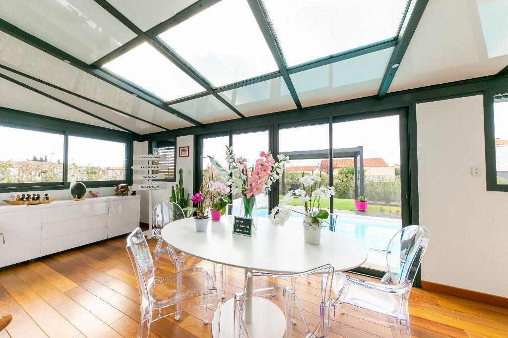 Maison à vendre 5 140m2 à Saint-Hippolyte vignette-6