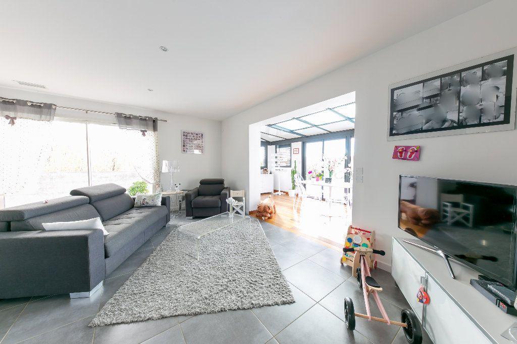 Maison à vendre 5 140m2 à Saint-Hippolyte vignette-8