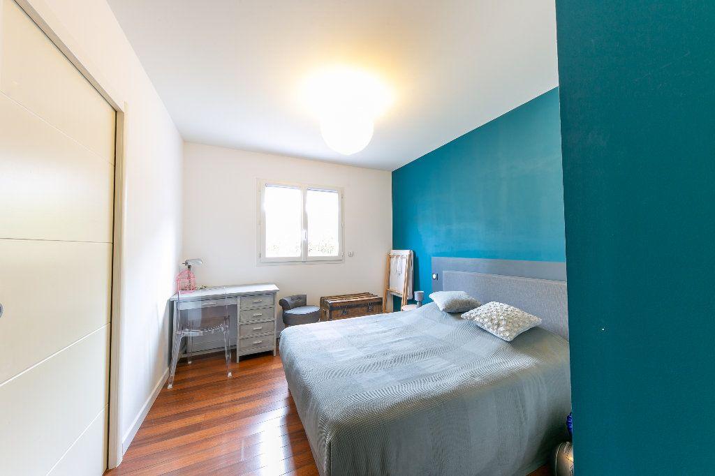 Maison à vendre 5 140m2 à Saint-Hippolyte vignette-12