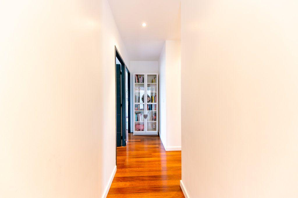 Maison à vendre 5 140m2 à Saint-Hippolyte vignette-16