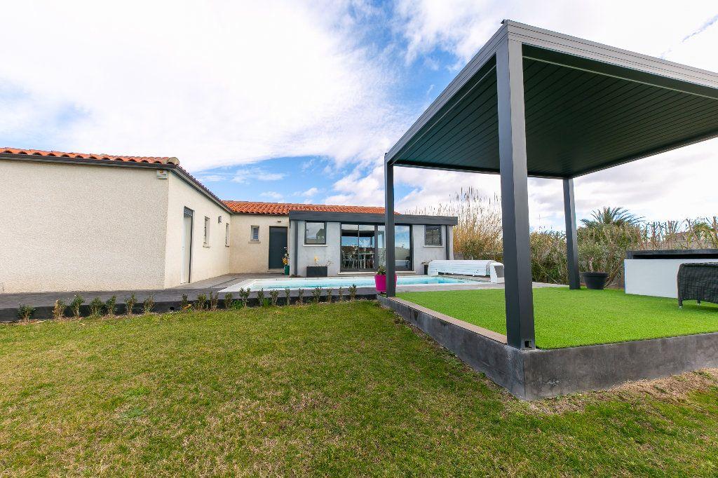 Maison à vendre 5 140m2 à Saint-Hippolyte vignette-17
