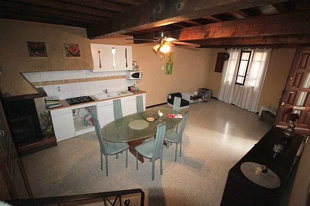 Maison à vendre 3 80m2 à Saint-Arnac vignette-1