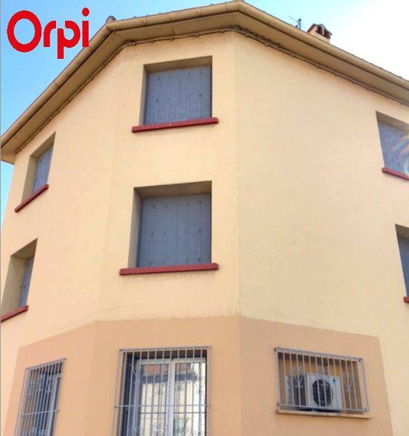 Appartement à vendre 4 80m2 à Saint-Estève vignette-1