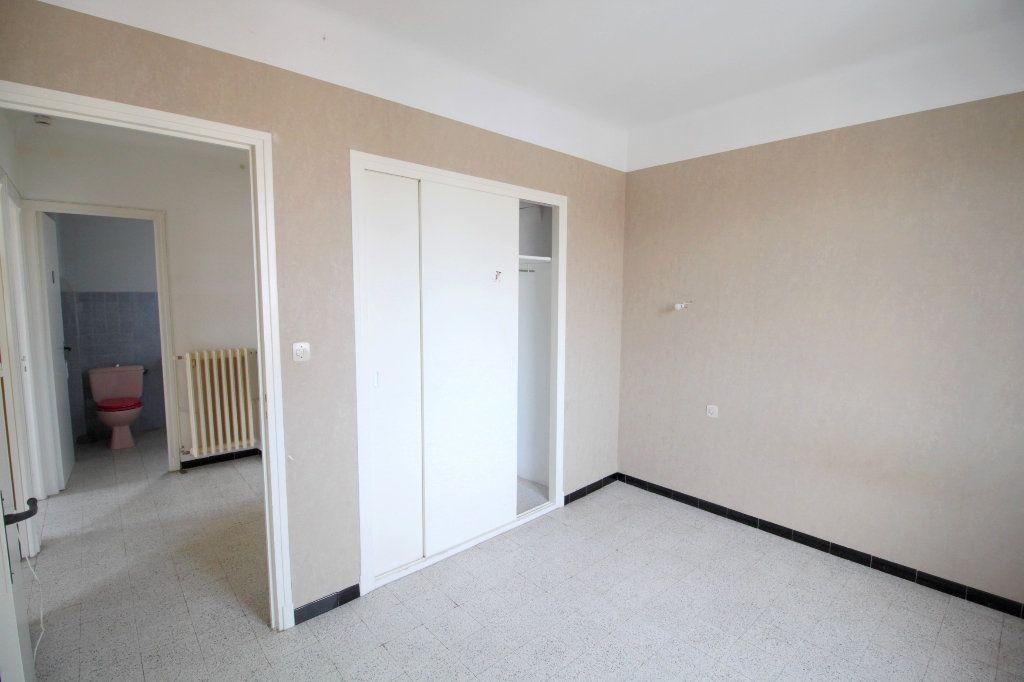 Appartement à vendre 4 80m2 à Saint-Estève vignette-7