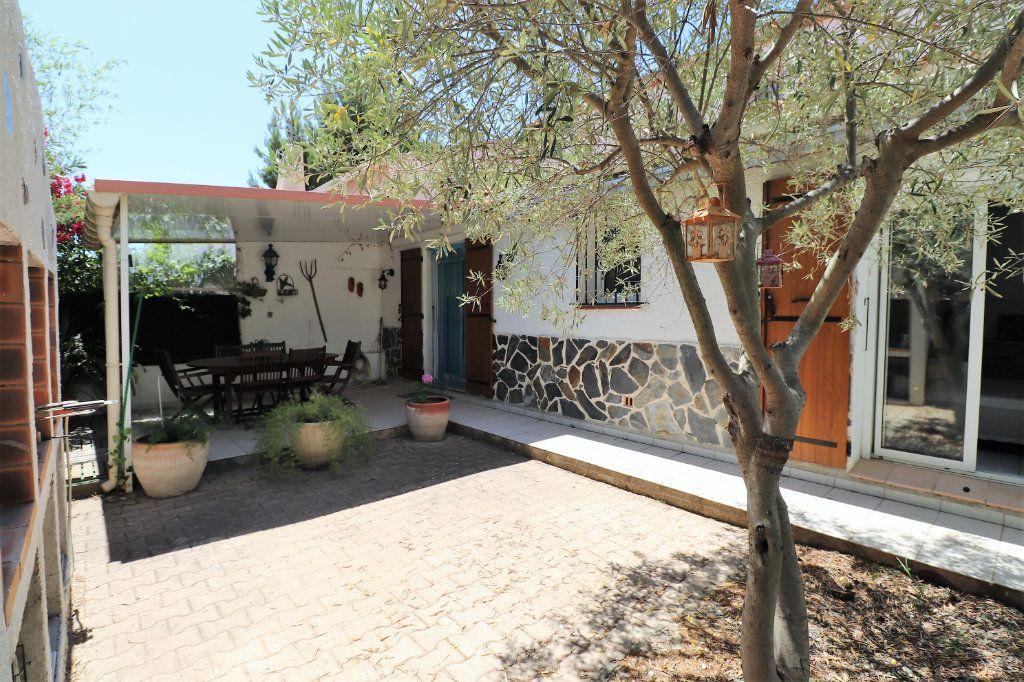 Maison à vendre 5 108m2 à Cabestany vignette-3