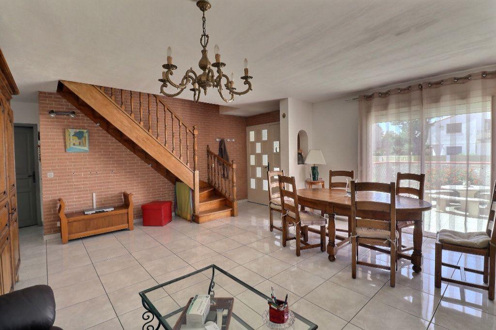Maison à vendre 5 108m2 à Cabestany vignette-4