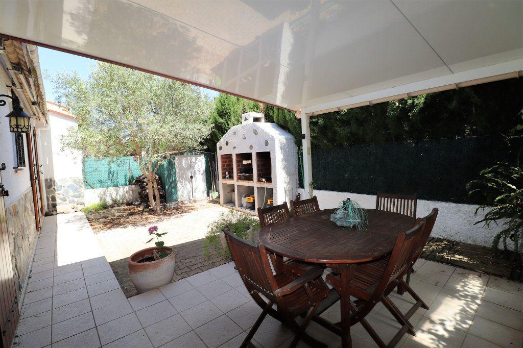 Maison à vendre 5 108m2 à Cabestany vignette-8