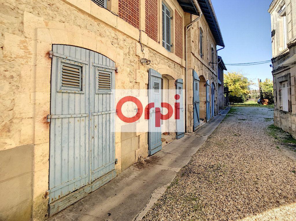 Maison à vendre 16 466m2 à Saint-Christoly-de-Blaye vignette-10