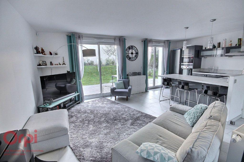 Maison à vendre 5 95m2 à Montigny-le-Bretonneux vignette-1