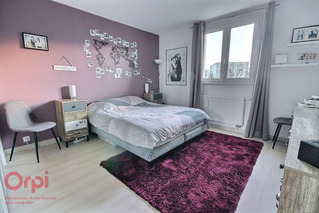 Maison à vendre 5 95m2 à Montigny-le-Bretonneux vignette-8