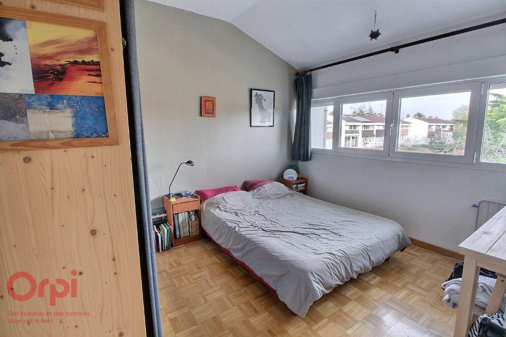 Maison à vendre 6 102m2 à Montigny-le-Bretonneux vignette-5