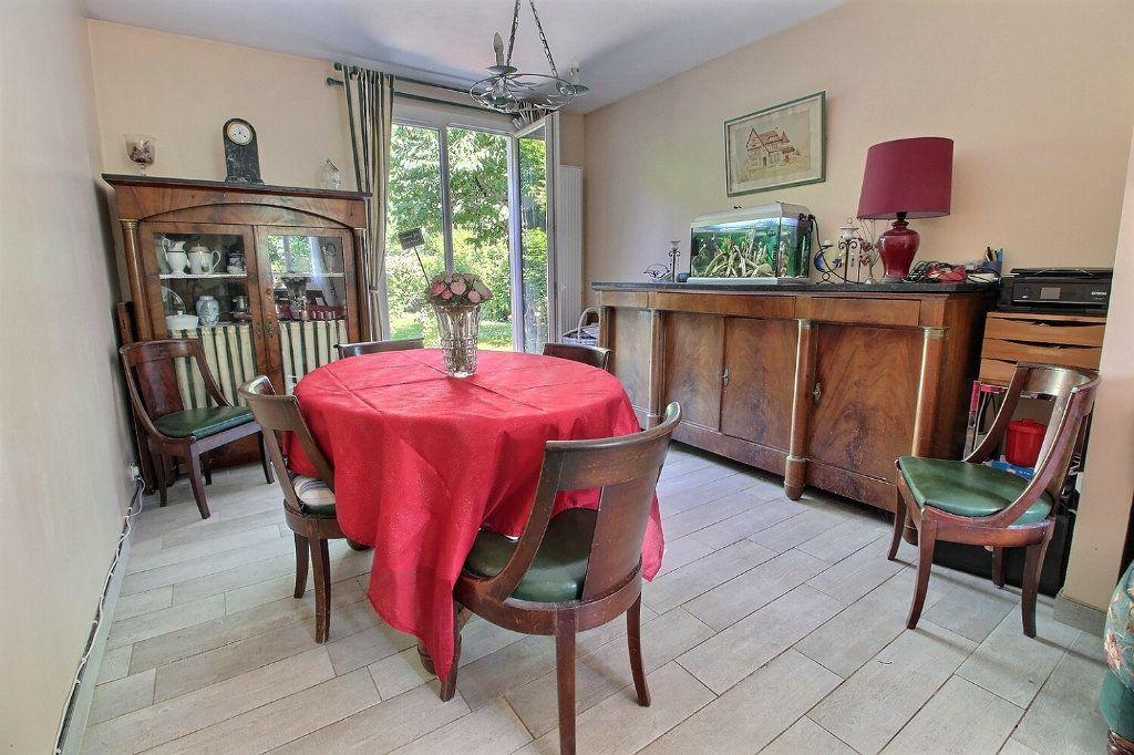 Maison à vendre 6 118m2 à Montigny-le-Bretonneux vignette-3