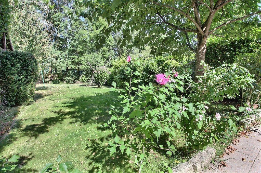 Maison à vendre 6 118m2 à Montigny-le-Bretonneux vignette-9