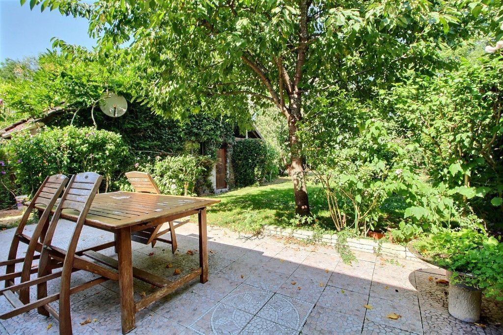 Maison à vendre 6 118m2 à Montigny-le-Bretonneux vignette-11