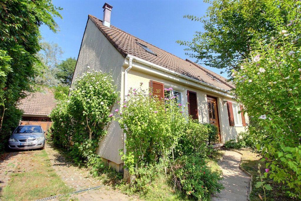 Maison à vendre 6 118m2 à Montigny-le-Bretonneux vignette-12
