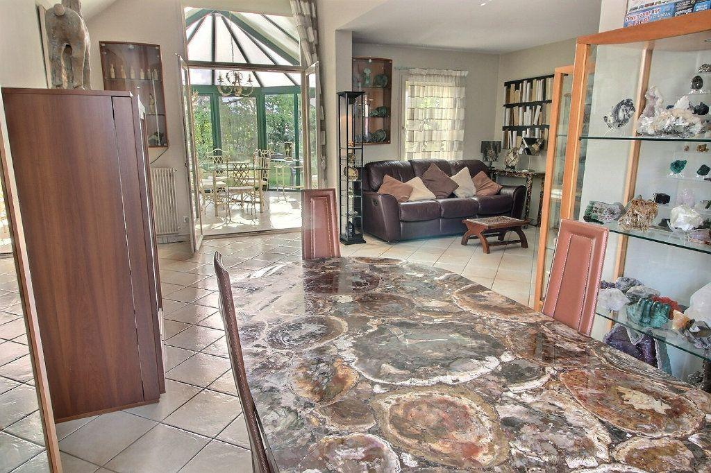 Maison à vendre 6 142m2 à Montigny-le-Bretonneux vignette-2