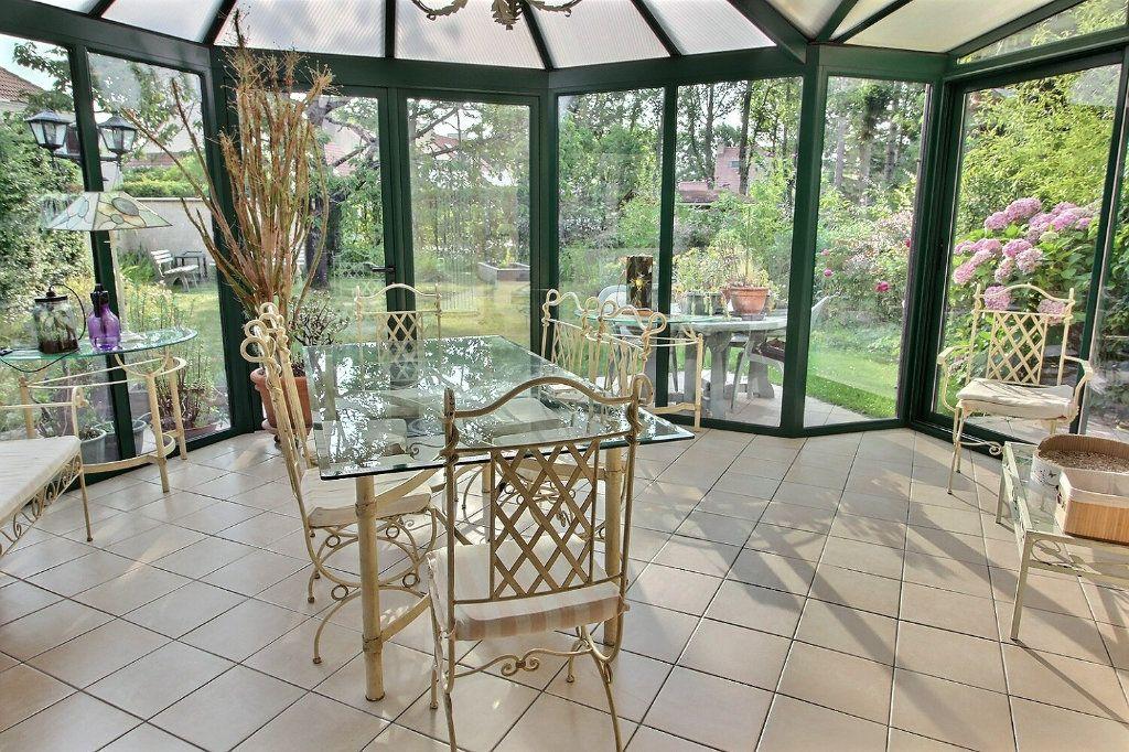 Maison à vendre 6 142m2 à Montigny-le-Bretonneux vignette-3