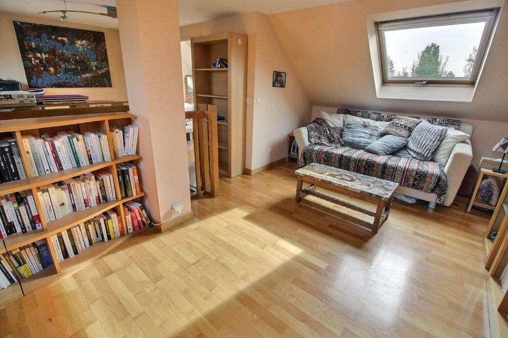 Maison à vendre 6 142m2 à Montigny-le-Bretonneux vignette-11