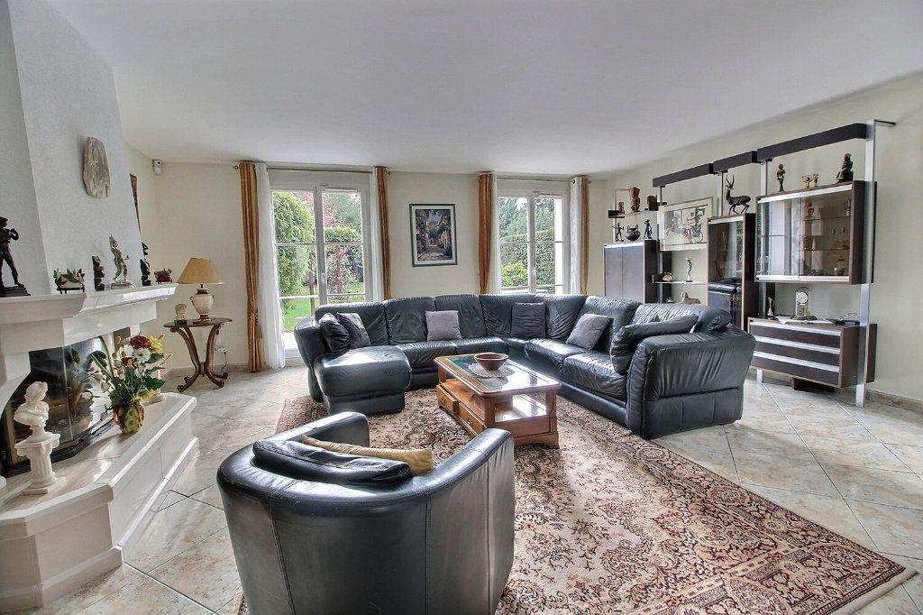 Maison à vendre 9 220m2 à Voisins-le-Bretonneux vignette-5