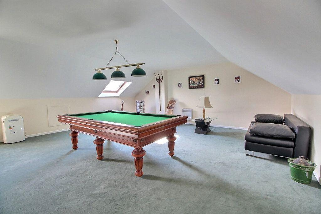 Maison à vendre 9 220m2 à Voisins-le-Bretonneux vignette-14