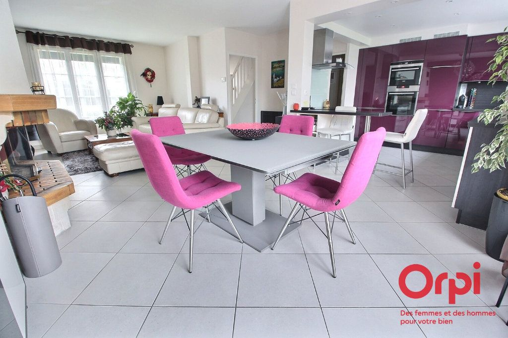 Maison à vendre 7 121.45m2 à Montigny-le-Bretonneux vignette-2