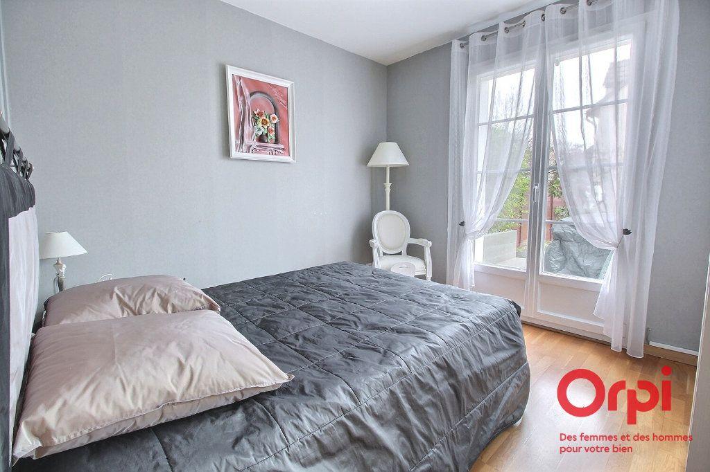 Maison à vendre 7 121.45m2 à Montigny-le-Bretonneux vignette-7