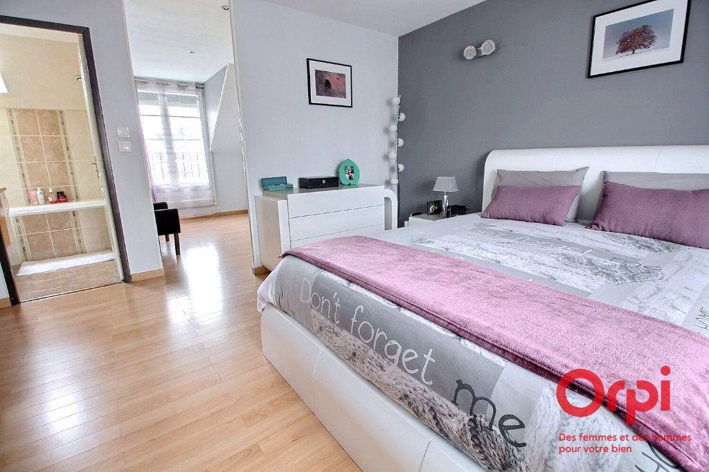 Maison à vendre 7 121.45m2 à Montigny-le-Bretonneux vignette-11