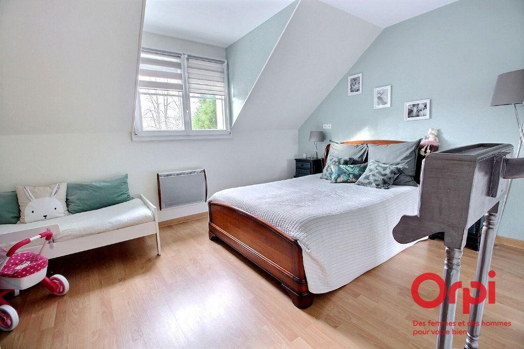 Maison à vendre 7 121.45m2 à Montigny-le-Bretonneux vignette-12