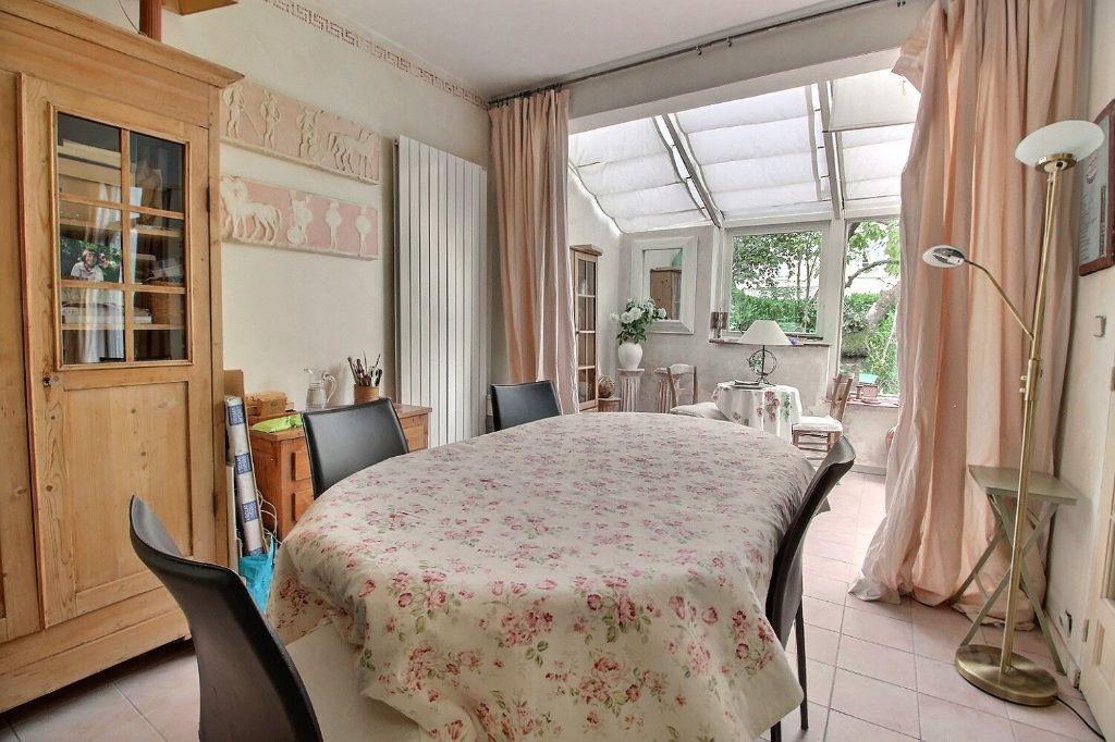 Maison à vendre 6 125m2 à Montigny-le-Bretonneux vignette-2