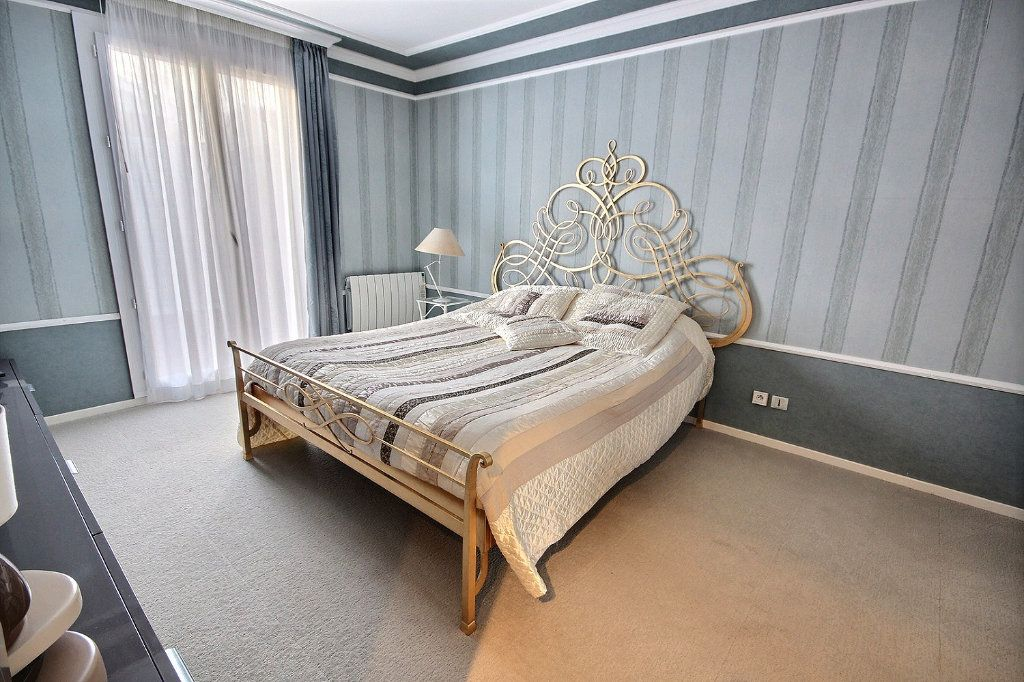 Maison à vendre 8 166m2 à Montigny-le-Bretonneux vignette-5